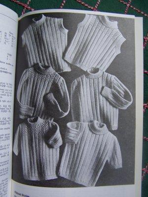 Vintage Beehive Knitting Patterns Childrens 1 2 3 4 6 Sweaters Raglan Cardigan Pullovers Leggings