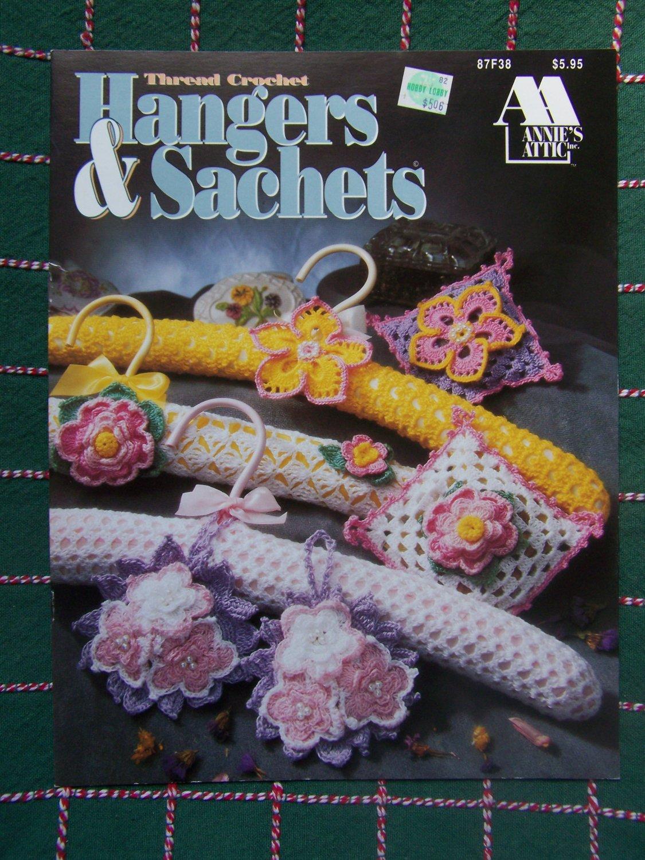 USA Free S&H Annie's Attic Thread Crochet Patterns Hangers & Sachets Closet Pretties 87F38
