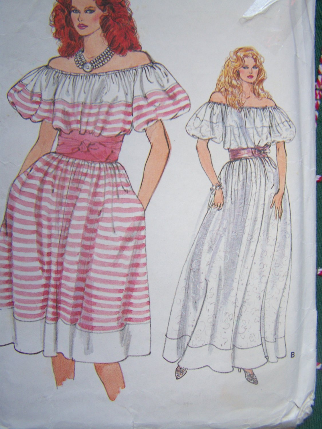 Uncut Vintage Vogue Sewing Pattern 8980 Misses Peasant