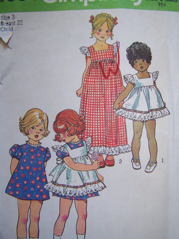 Uncut Girls Vintage Sewing Pattern 5534 Christmas Pinafore & Dress Short or Maxi