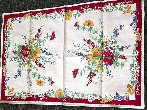 Unused Vintage Wilendur Floral Print Kitchen Towel