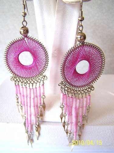 WOW ROUND PINK THREAD DREAM CATCHER EARRINGS IN SILVER