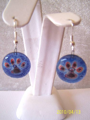 CUTE ROUND BLUE & ORANGE TIGER PAW FUSED GLASS EARRINGS