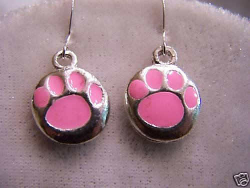TIGER FANS WILL LOVE THESE PINK TIGER PAW  EARRINGS