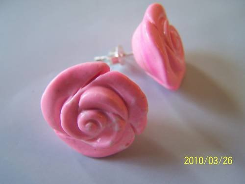 LOVELY PINK CORAL STUD POST EARRINGS IN 925 STERLING