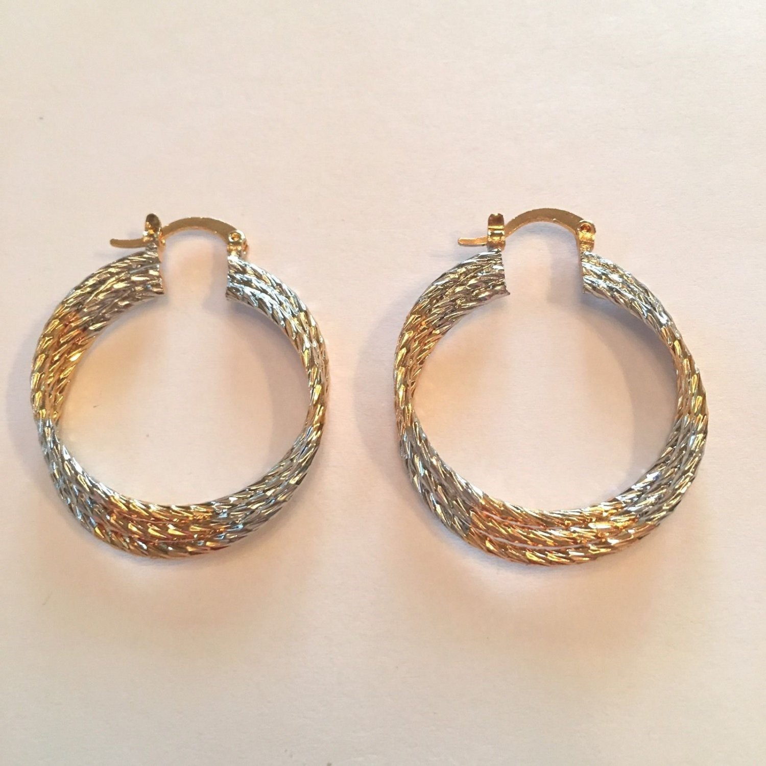 YELLOW GOLD & SILVER PLATE TRIPLE RING HOOP EARRINGS SNAP CLOSURE FREE SHIP #23
