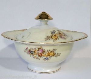 Hand painted  made in Japan pot Vintage colorful folwers with lid Decorative
