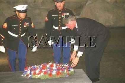 President Bill Clinton yad vashem in jerusalem wonderful photo still #1