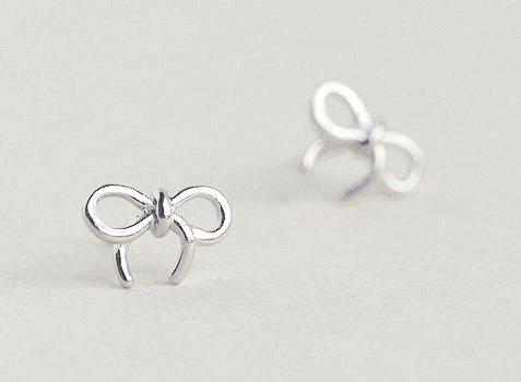 Simple Knot Ribbon Earrings Stud in Sterling Silver