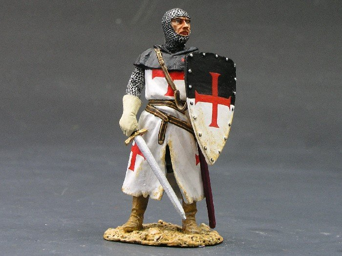 MK009 Standing Knight w/Sword & Shield