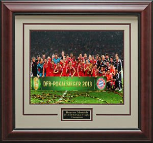 FC Bayern Munich Pokal Trophy Framed Photo