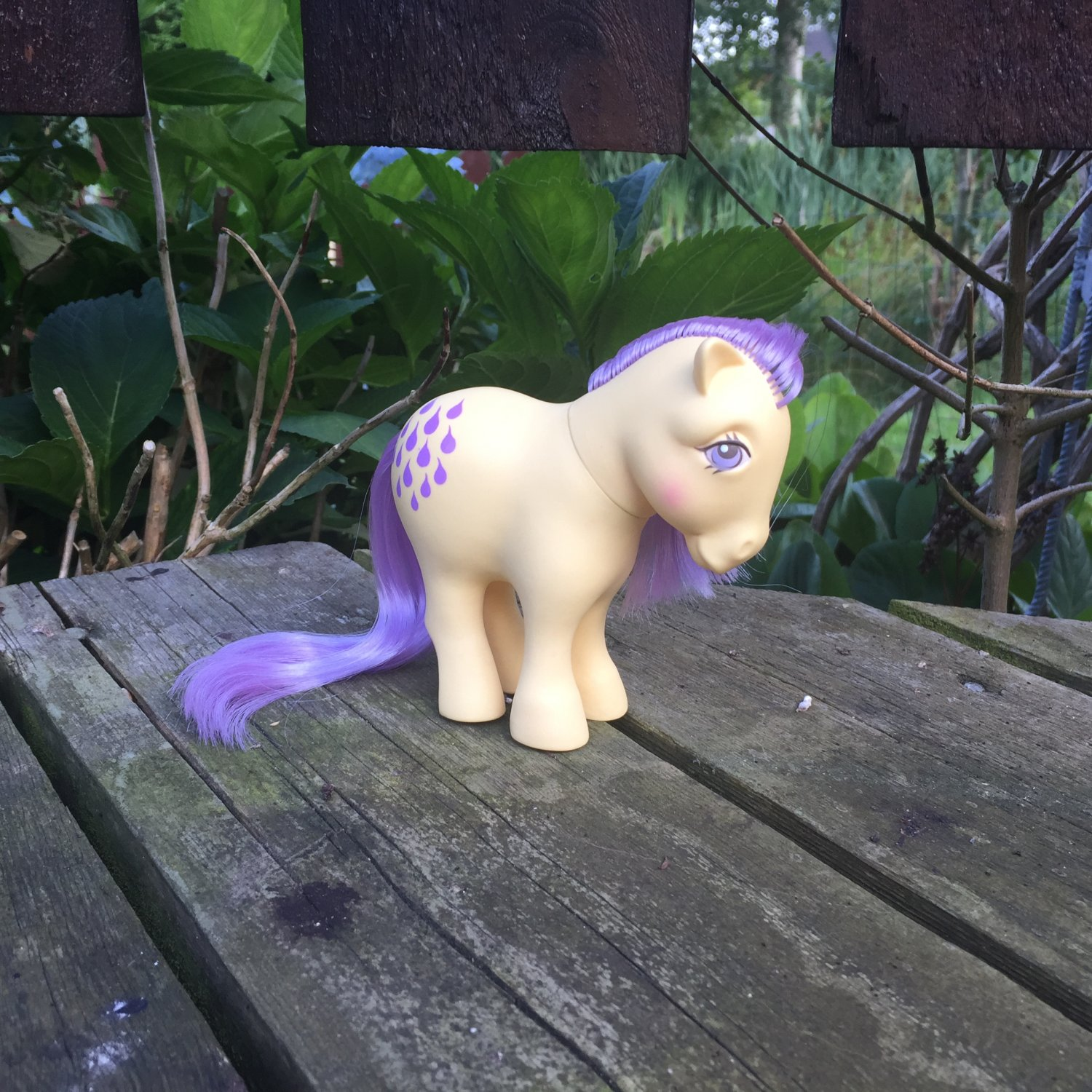 Lemon Drop 3 (From Uk Pony School - Made in China - no pat pend)