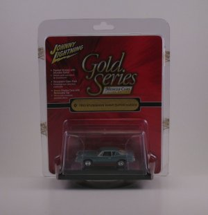 Johny Lightning Gold Series 1:64 - 1963 Studebaker Avanti