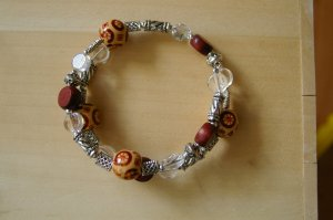 Stained bead bracelet