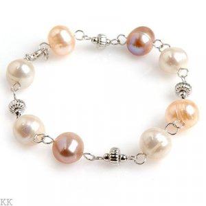 Adorable Genuine Pearl Bracelet in Solid Stearling Silver