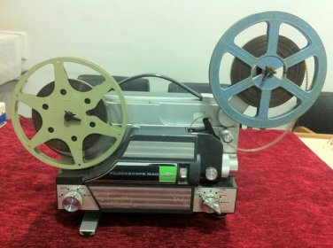 Vintage Fujicascope M40 8 mm  Movie Projector in working conditions.