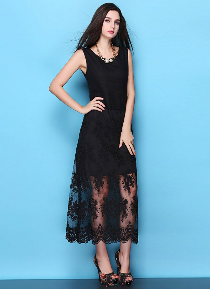 Floral Embroidered Black Lace Maxi Dress with Scalloped Hem RM438