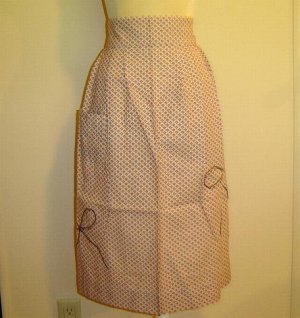 1940's Red Checked with BLACK rick rack -Vintage Apron