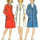 Vintage Knee Length Coat Sewing Pattern 70s Trench Rain Overjacket Loose Fit Lined Wide Lapel 5526