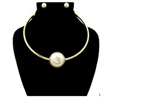 Gold Necklace Bambi Bead Cream Pearl Necklace Earrings Set Faux Pearl 18'