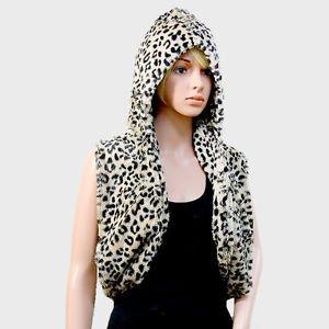 Black & Beige Leopard Faux Fur Scarf Hooded Infinity Vest Animal Print Viscose