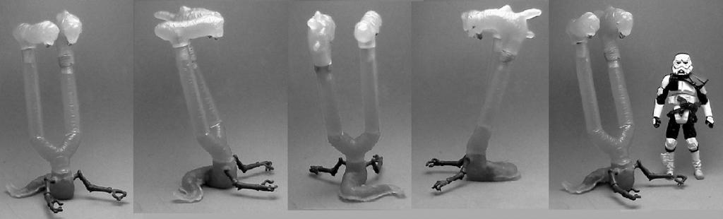 Custom resin cast TWO HEADED ALIEN unpainted figure
