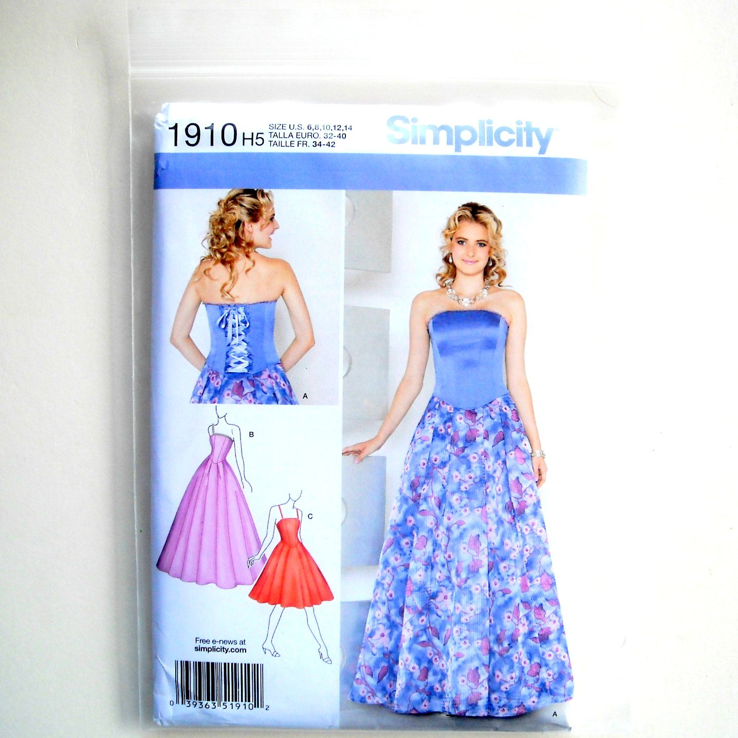 Misses Miss Petite Special Occasion Dress 6 - 14 Simplicity Sewing Pattern 1910