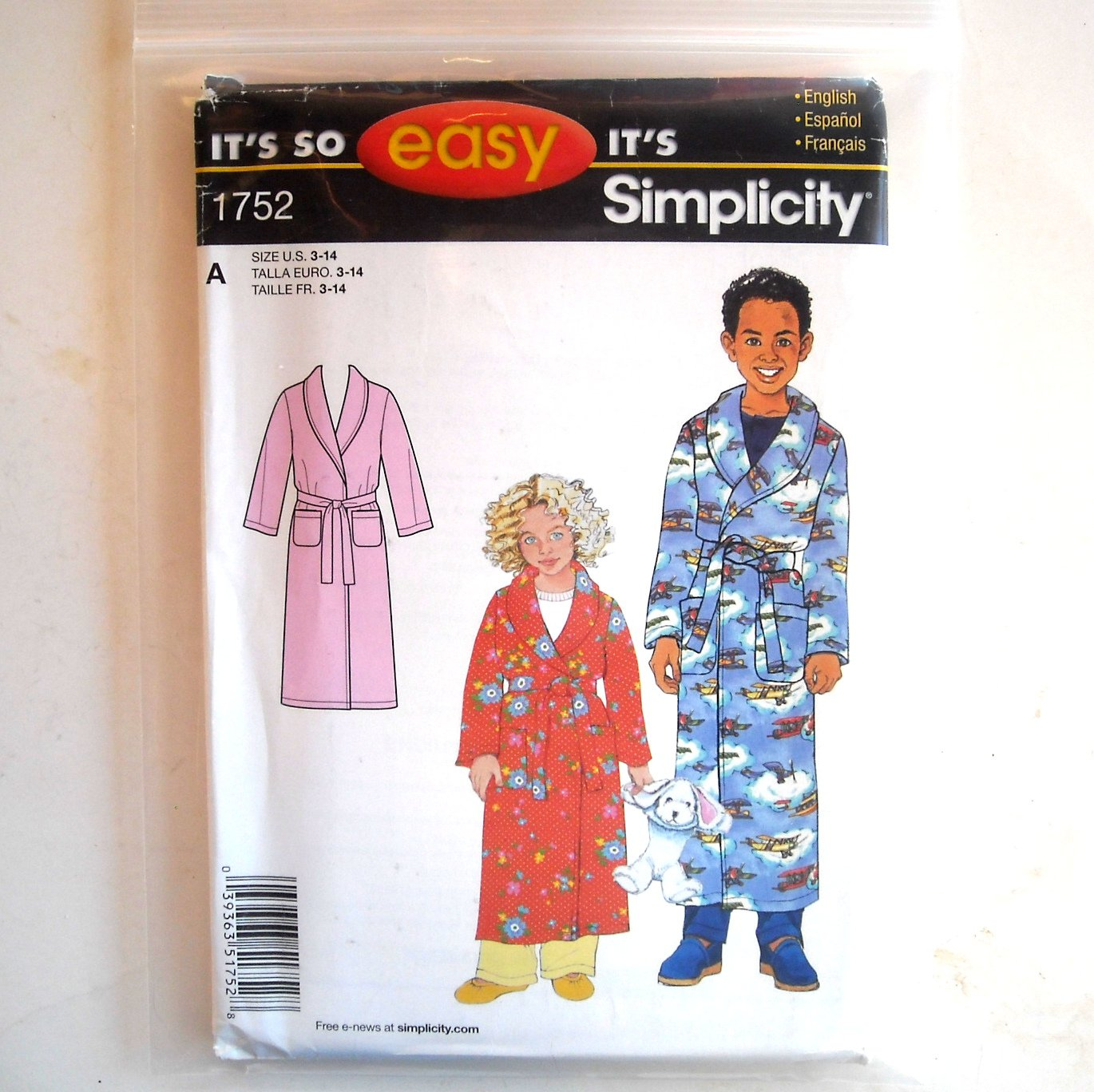 crafts for boys childs boys robe size 3 14 easy simplicity sewing 1752