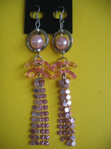 =NEW= Fashion Earrings For Ladies: Silver tone metal/pink  pearl beads
