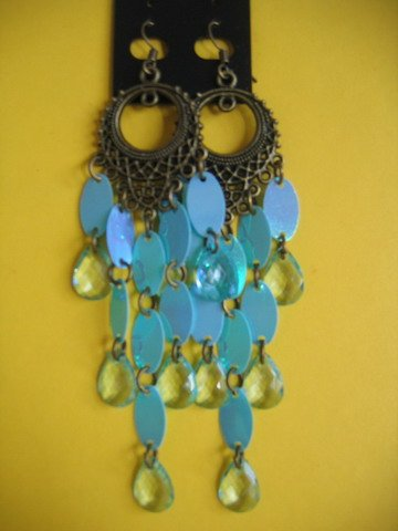 =New= Fashion Earrings: chandelier/ bronze tone metal / blue beads & oval buttons