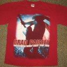 BRAD PAISLEY * Mens sz MEDIUM red cotton Concert tour tee SHIRT