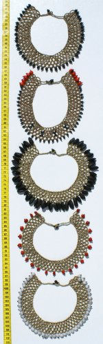 LOT 3 NECKLACES MADE OF TROPICAL SEEDS FROM JUNGLES