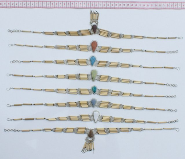 7 Handcrafted Necklaces of Bamboo Natural Piedra Stones