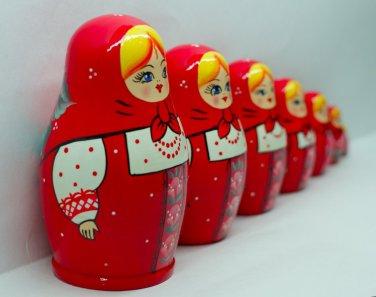 Red Matryoshka Babushka Russian Wooden Stacking Nesting Doll Souvenirs Toys for Kids 7pc