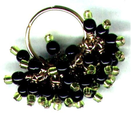 """Glass Beaded Cluster Adjustable Bling Ring """"Razzle Dazzle"""" - PreciousThings.ecrater.com"""