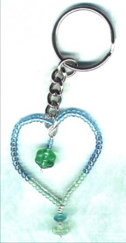 "Handcrafted Beaded Wired Heart Keyring ""Sea Shades"" - PreciousThings.ecrater.com"
