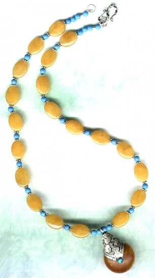 Yellow Jade and Turquoise Gemstone Beaded Necklace with Pendant - PreciousThings.ecrater.com