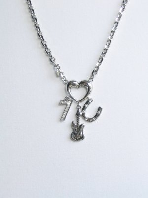 JN07 seven guita C heart necklace wholesale price $7.49
