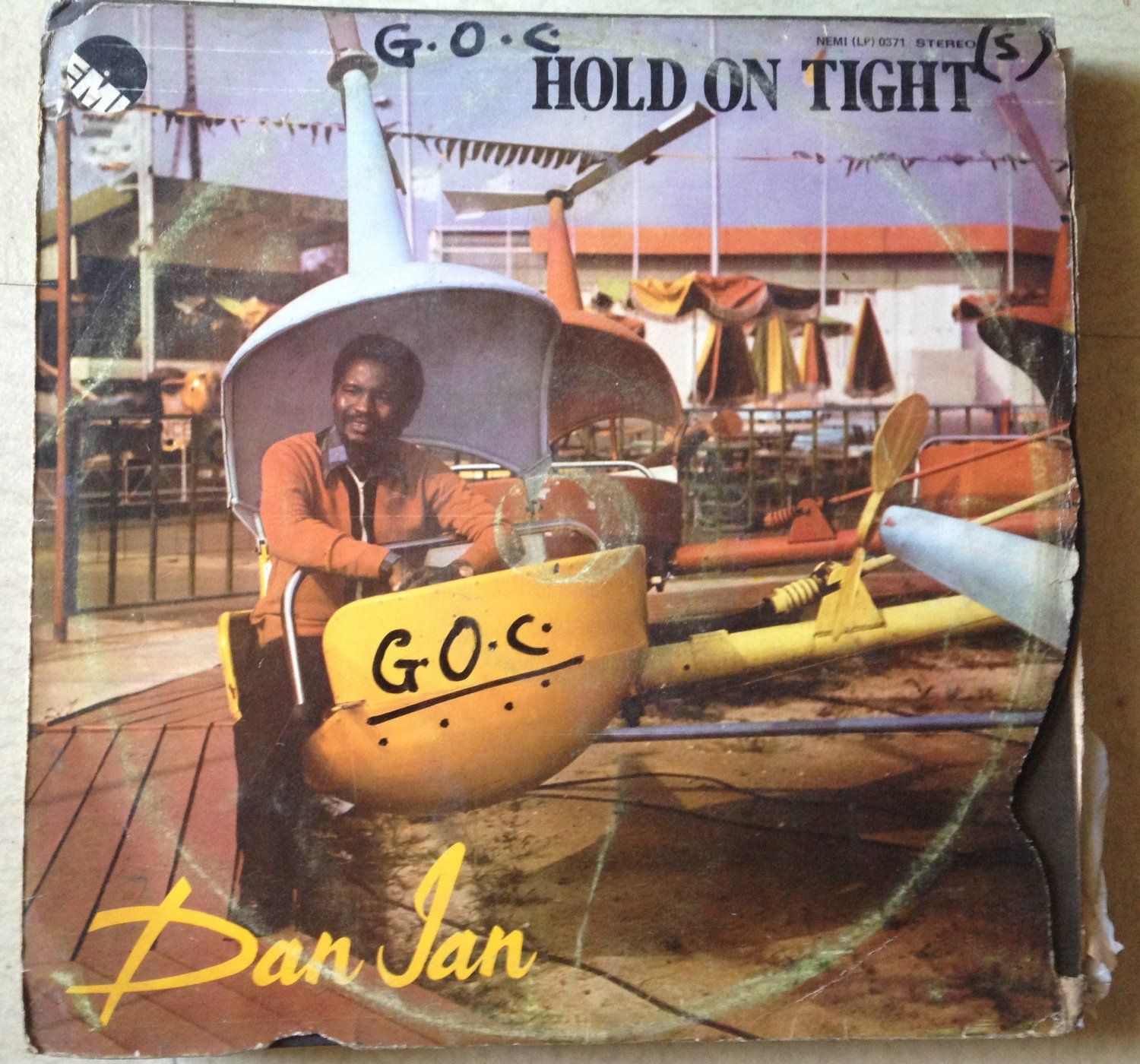 DAN IAN LP hold on tight REGGAE FUNK NIGERIA mp3 LISTEN