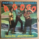 "PATTIE BERSAUDARA 10"" a gogo INDONESIA 60's GARAGE DARA PUSPITA mp3 LISTEN"