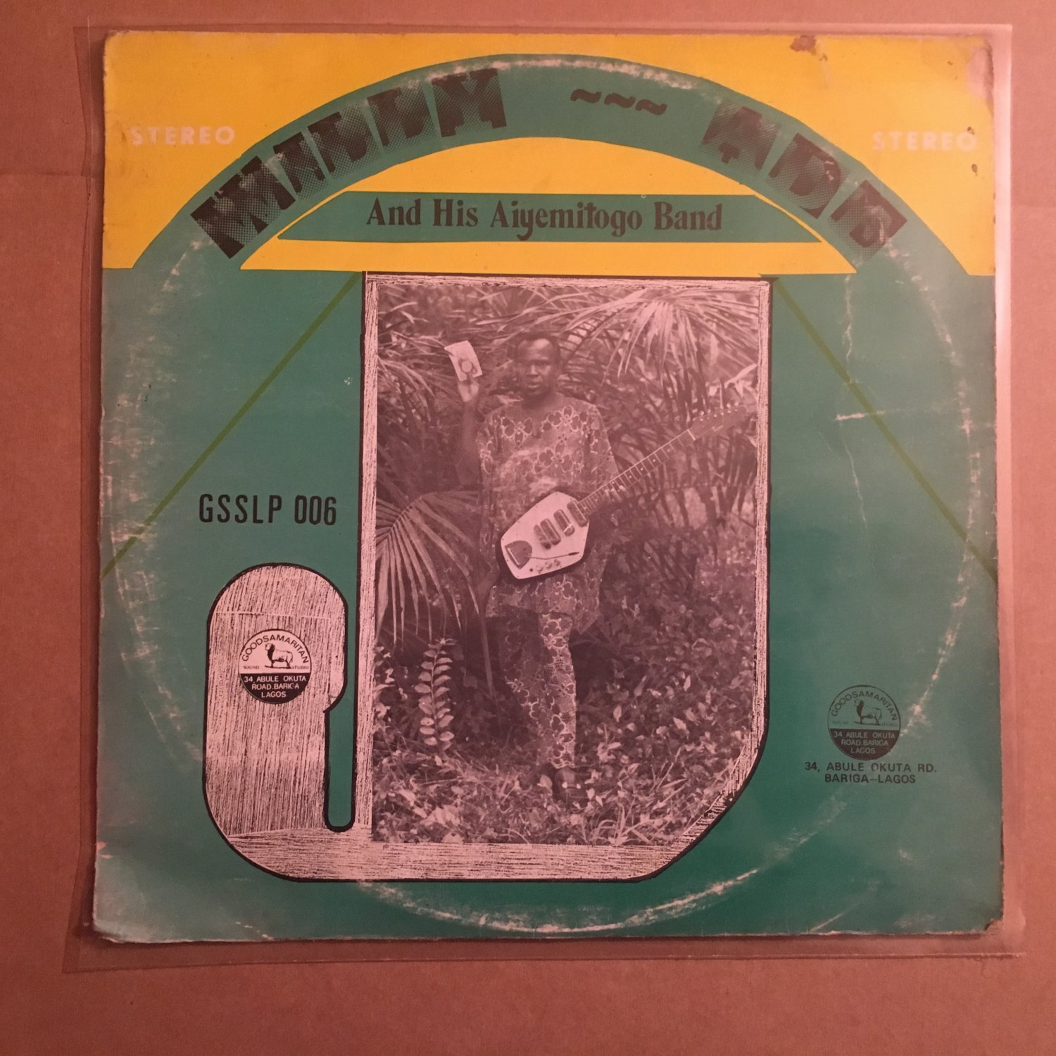 WILLY ADE & HIS AIYEMITOGO BAND LP same NIGERIA JUJU mp3 LISTEN