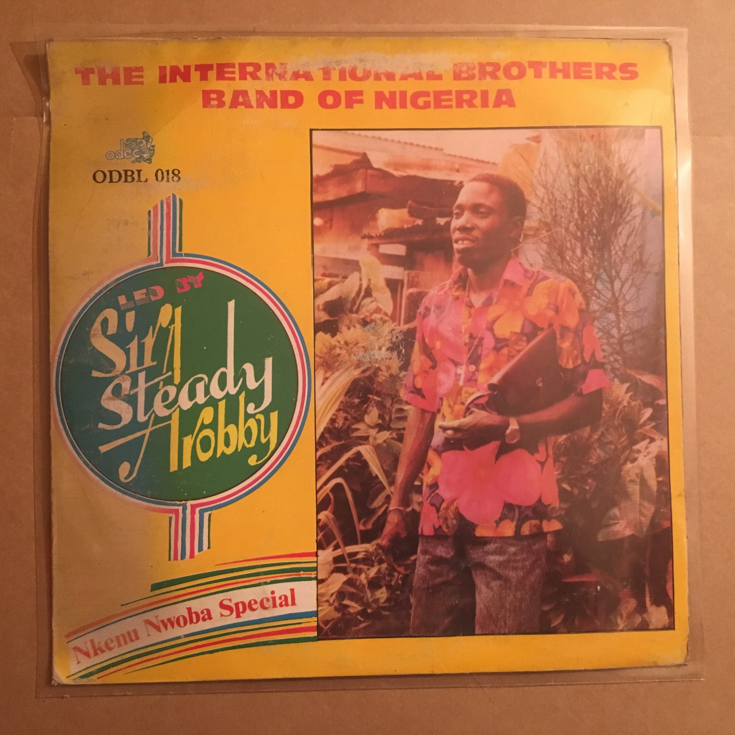 SIR STEADY AROBBY & HIS INT. BROTHERS BAND LP nkenu nwoba special NIGERIA HIGHLIFE mp3 LISTEN