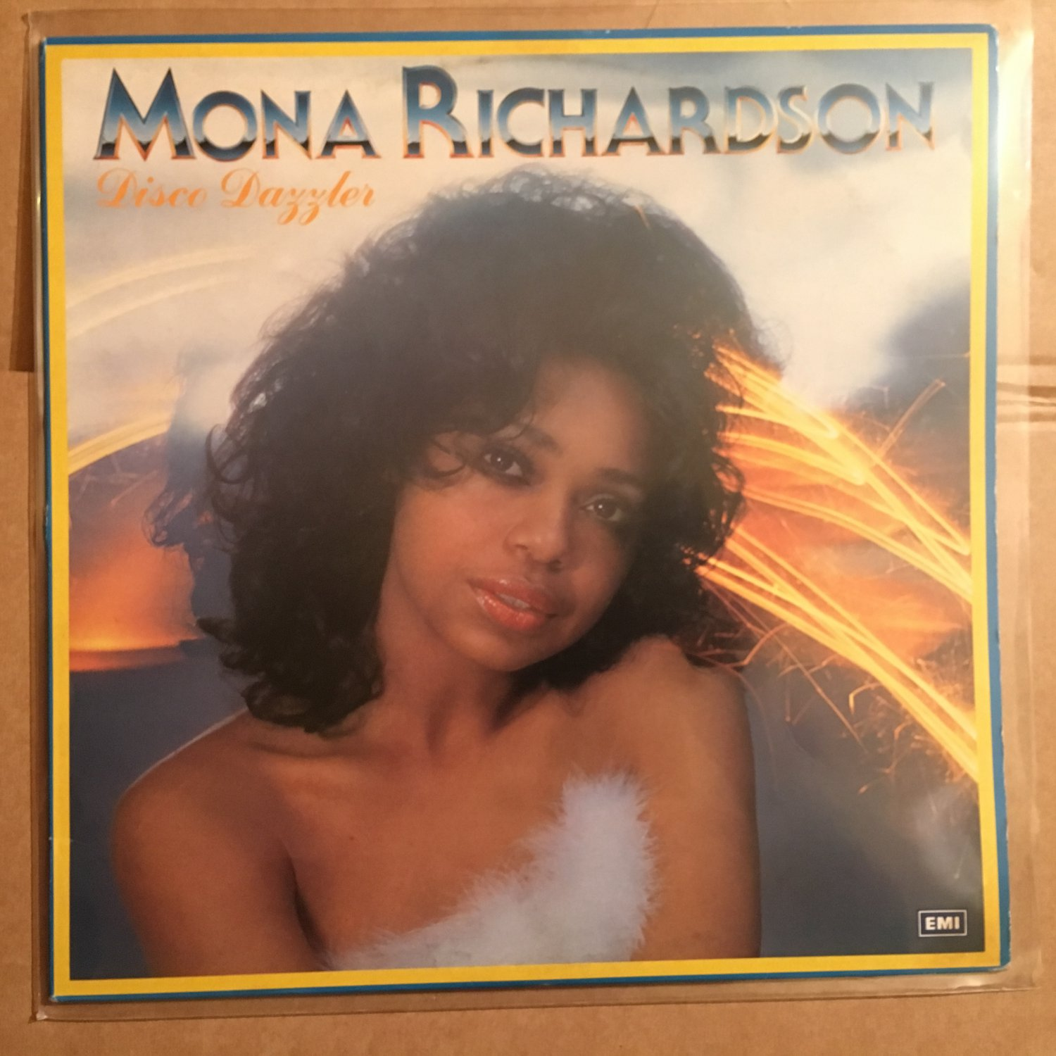 MONA RICHARDSON LP disco dazzler DISCO FUNK mp3 LISTEN
