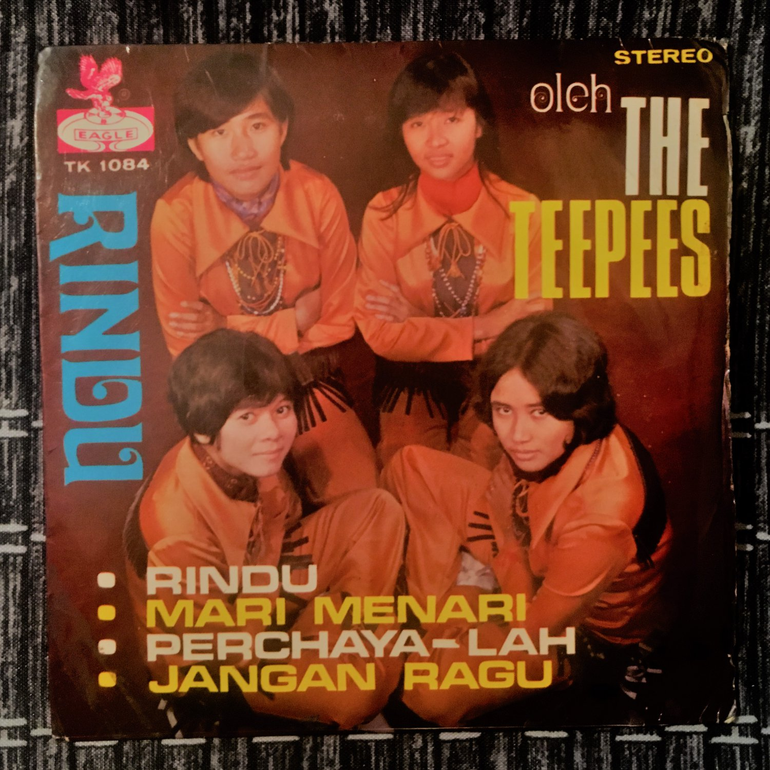 THE TEEPEES 45 EP rindu SINGAPORE MALAYSIA GARAGE 60s BEAT BREAKS mp3 LISTEN