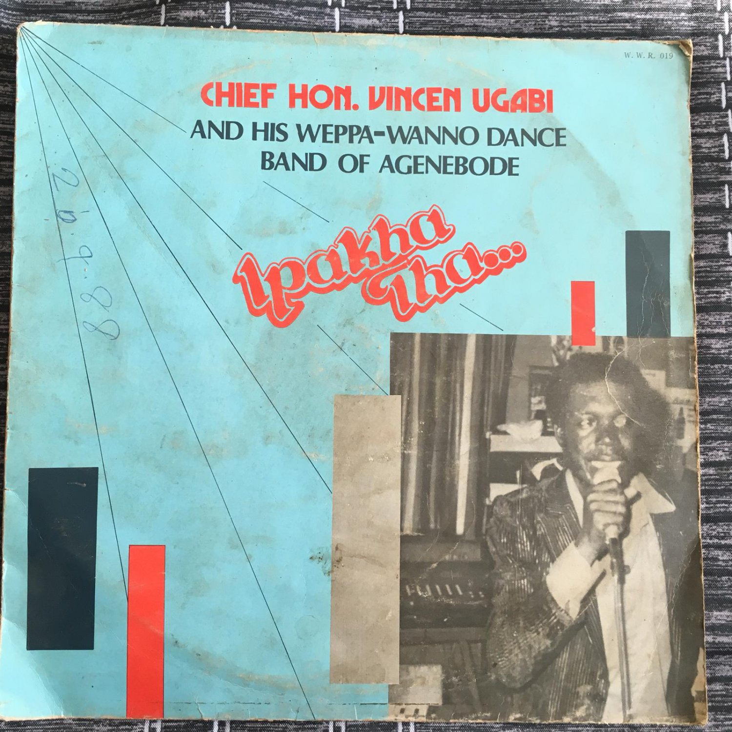 HON. VINCENT UGABI & WEPPA WENNO DANCE BAND LP ipakha NIGERIA HIGHLIFE mp3 LISTEN
