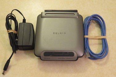 Belkin F5D7230-4 54 Mbps 4-Port 10/100 Wireless G Router Wifi 2.4Ghz 802.11g