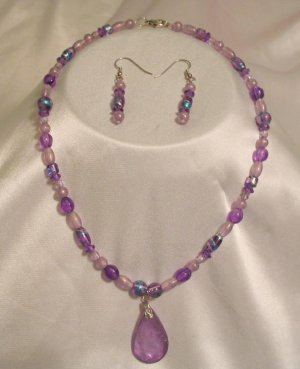 PURPLE NECKLACE AND EARRINGS