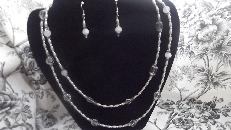White Silver Glass Quartz Necklace