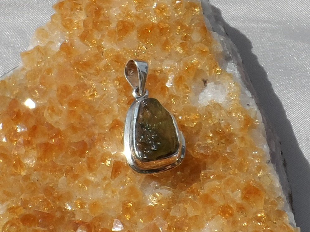 Sale, Moldavite Sterling Silver Pendant, 13.89ct, New wo tag, Signed