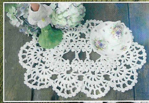 **Annie Potter Crochet MILE-A-MINUTE Placemats & TableRunners